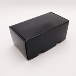 Postpack plastifiée 23x12x10,8 CM | POSTPACK PLASTIFIÉ | IMPRESSION EN SÉRIGRAPHIE SUR UNE FACE EN UNE COULEUR