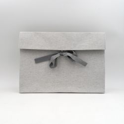 T-pouch paper gift bag