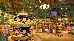 Immersion dans magasin Disney