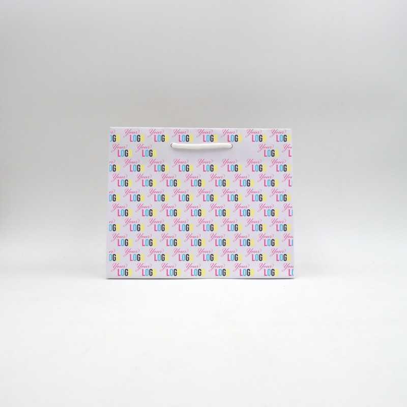 Digital printing on a christmas paper bag